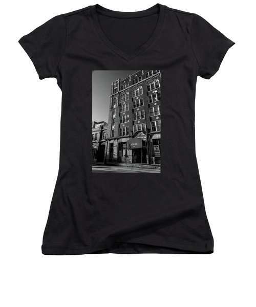 Tower 250 Women's V-Neck
