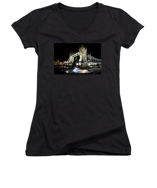 Tower Bridge With Girl And Dolphin Statue Women's V-Neck T-Shirt
