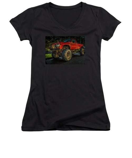 Toyota Grunge Women's V-Neck T-Shirt