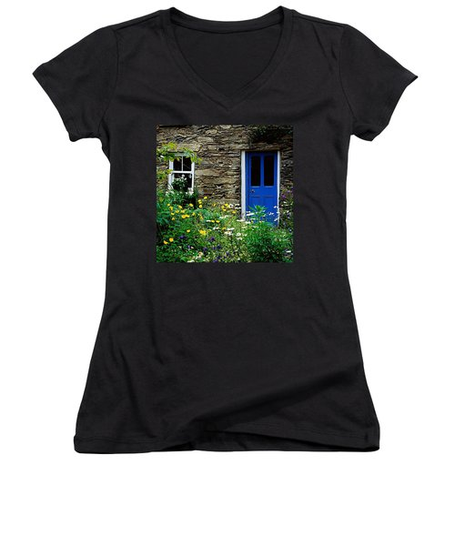 Traditional Cottage, Co Cork Women's V-Neck T-Shirt