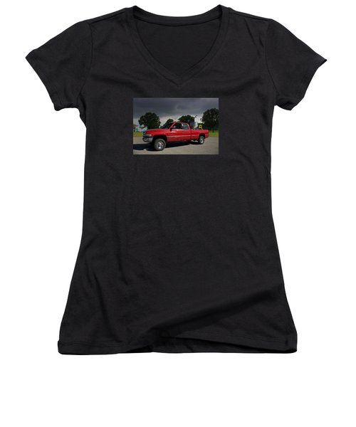 Twisters Movie Pickup With Dorothy Women's V-Neck