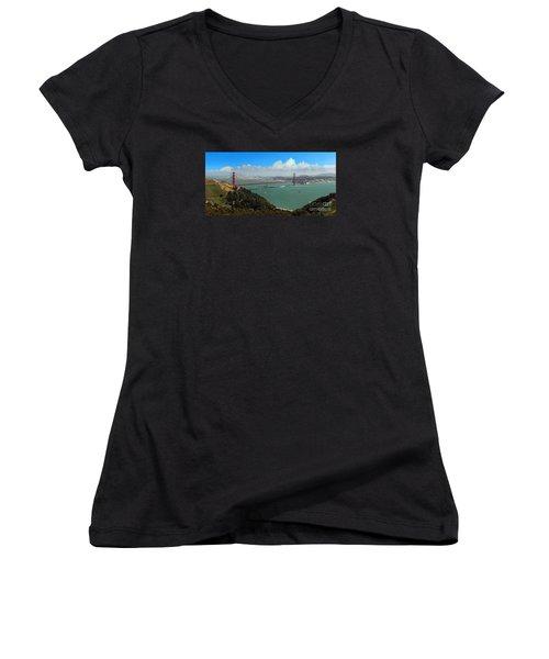 Uss Iowa, Battelship, Golden Gate Bridge, San Francisco, Califor Women's V-Neck T-Shirt