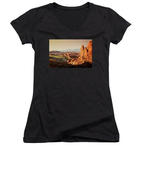 Valley Of Fire Xxiii Women's V-Neck T-Shirt (Junior Cut)