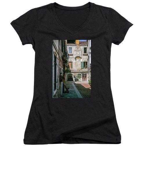 Venetian Back Street Women's V-Neck