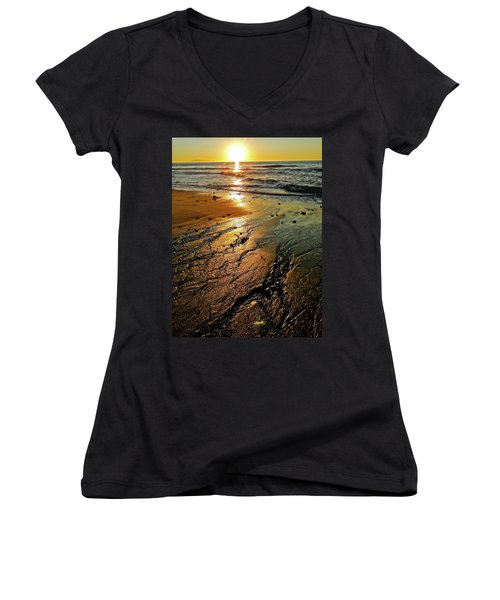Ventura Beach Winter Sunset Women's V-Neck T-Shirt