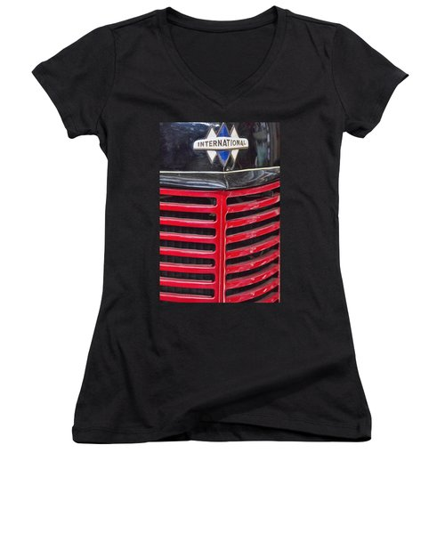 Vintage International Truck Women's V-Neck T-Shirt