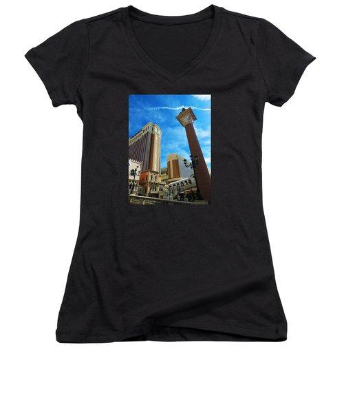 Viva Las Vegas Women's V-Neck T-Shirt