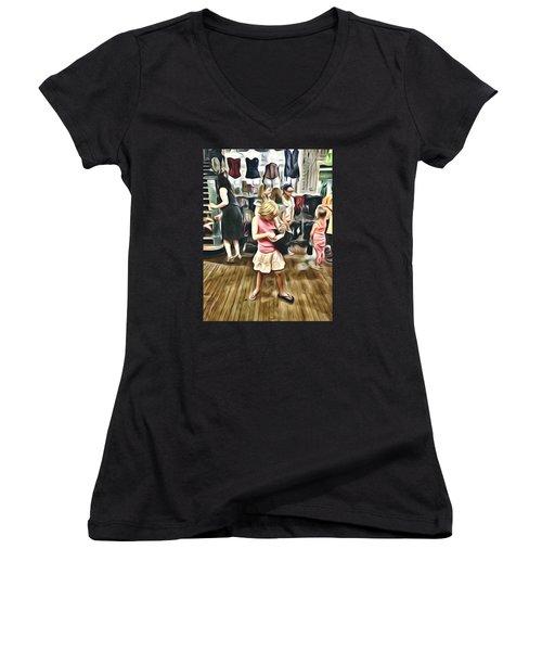 Vivo Women's V-Neck T-Shirt