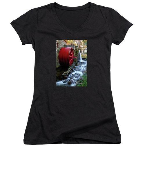 Wayside Inn Grist Mill Water Wheel Women's V-Neck T-Shirt