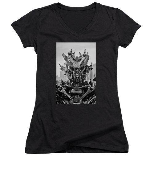 Wd 40 Women's V-Neck T-Shirt