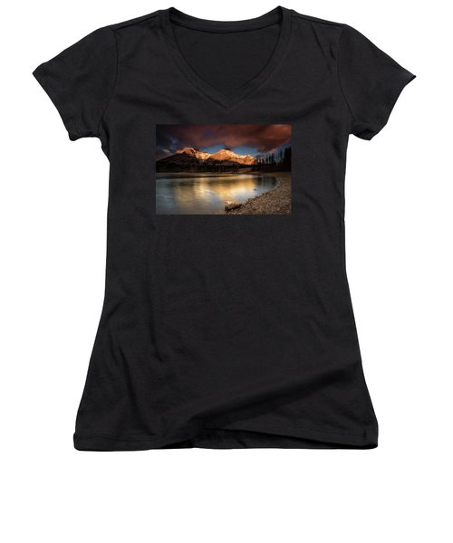Wedge Pond Sunpeaks Women's V-Neck T-Shirt