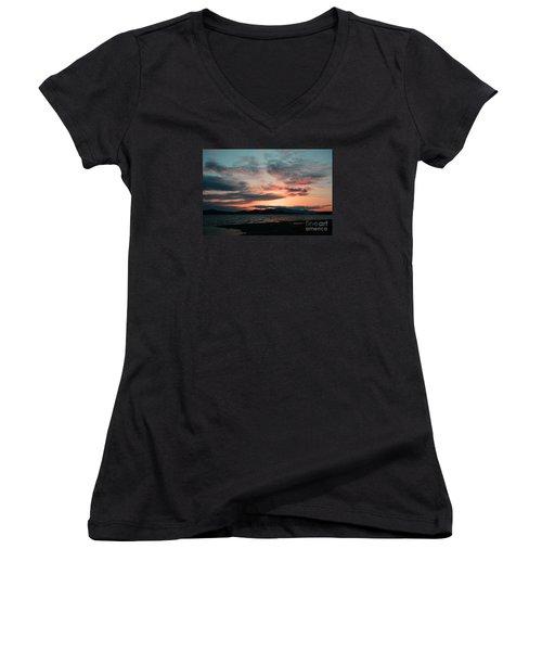 Welcome Beach Sunset 2015 Women's V-Neck T-Shirt (Junior Cut) by Elaine Hunter