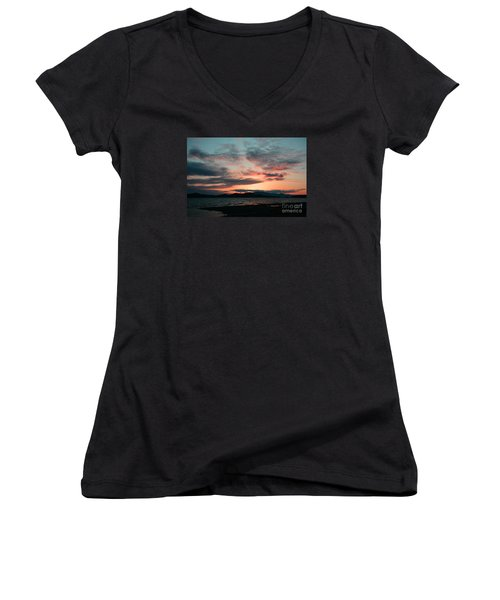 Welcome Beach Sunset 2015 Women's V-Neck T-Shirt