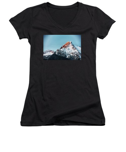 Whitehorse Sunrise Women's V-Neck (Athletic Fit)