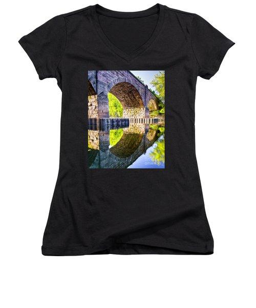 Windsor Rail Bridge Women's V-Neck T-Shirt (Junior Cut) by Tom Cameron