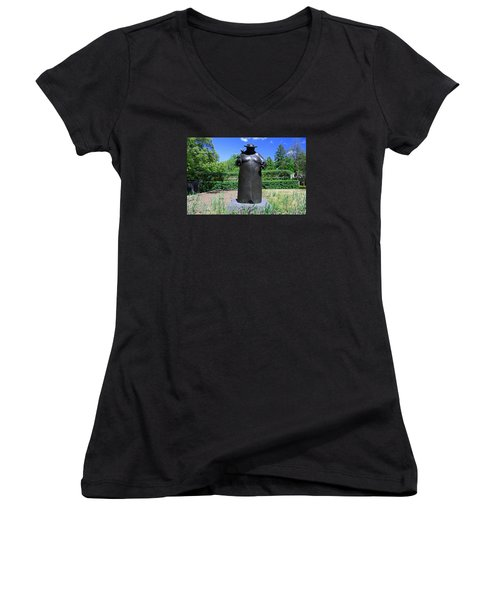 Woman With The Birds Women's V-Neck T-Shirt