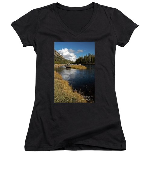 Yellowstone Nat'l Park Madison River Women's V-Neck (Athletic Fit)