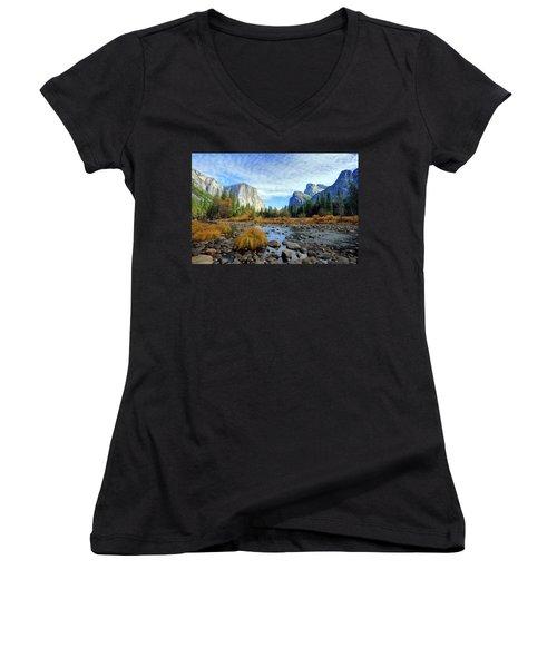 Yosemite Valley View Women's V-Neck T-Shirt