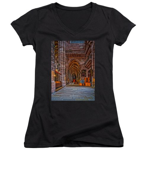 Amped Up Arches Women's V-Neck