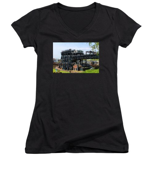 Boat Lift Women's V-Neck