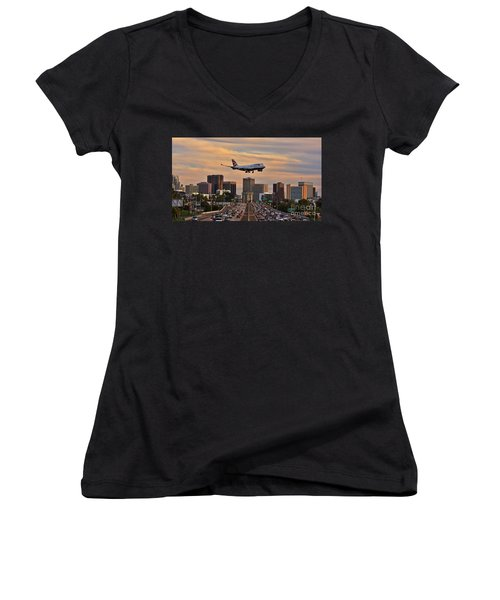 Boeing 747 Landing In San Diego Women's V-Neck