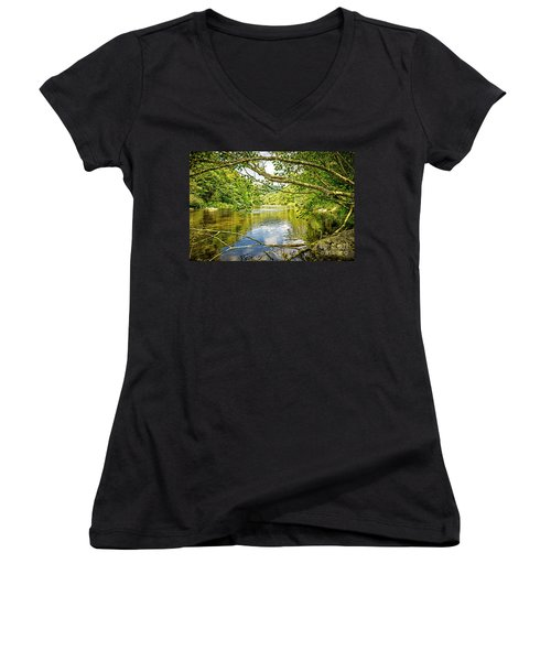 Canal Pool Women's V-Neck