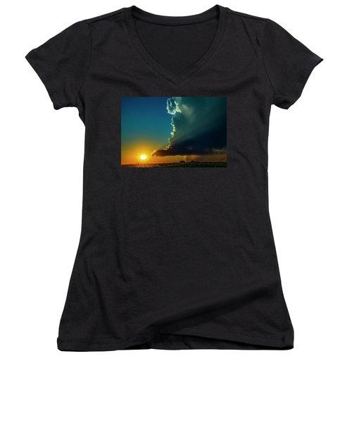 Dying Nebraska Thunderstorms At Sunset 068 Women's V-Neck