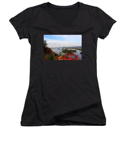 Mississippi River In The Fall Women's V-Neck