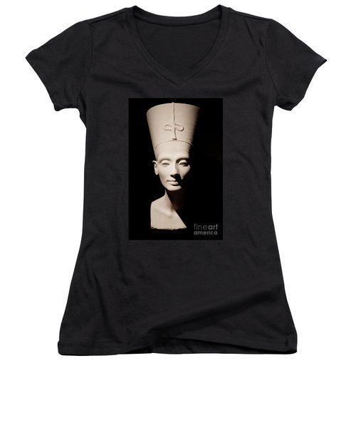 Nefertiti Women's V-Neck