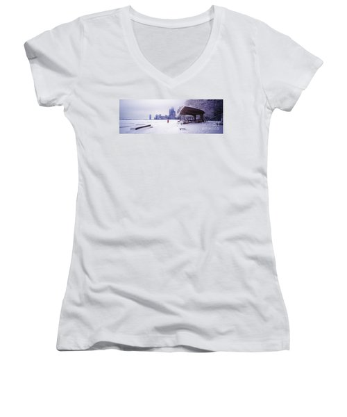 North Ave Beach Chess Palv Chicago Lake Front  Women's V-Neck