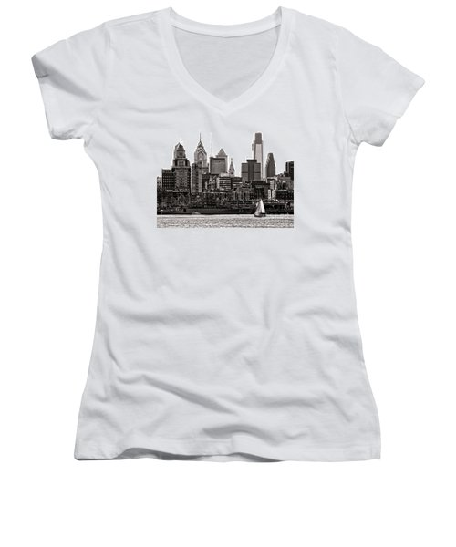 Center City Philadelphia Women's V-Neck