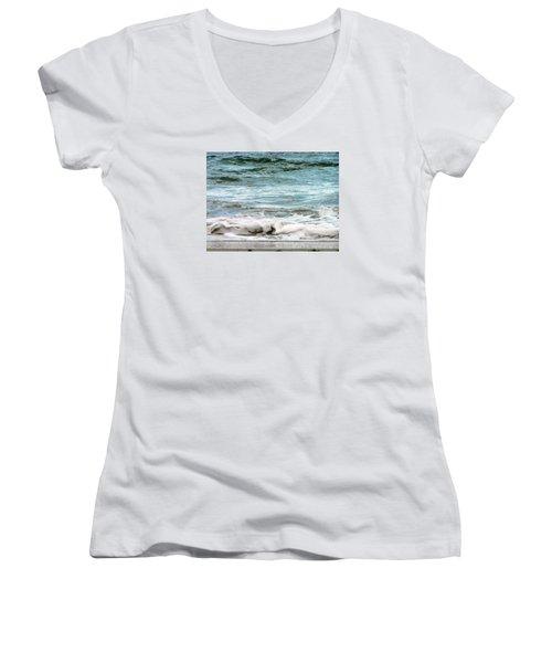 Sea Women's V-Neck T-Shirt (Junior Cut) by Oleg Zavarzin
