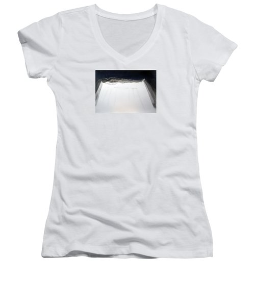 A Momentary Lapse Of Reason Women's V-Neck T-Shirt (Junior Cut) by Lazaro Hurtado