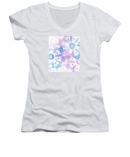 Abstract Vintage Lace Women's V-Neck