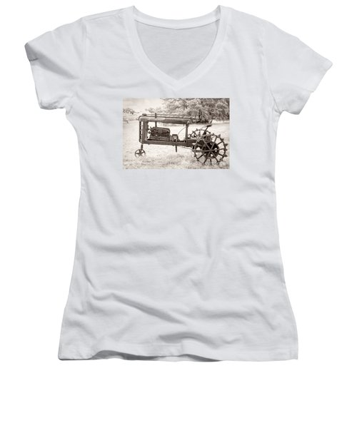 Antique Tractor Women's V-Neck