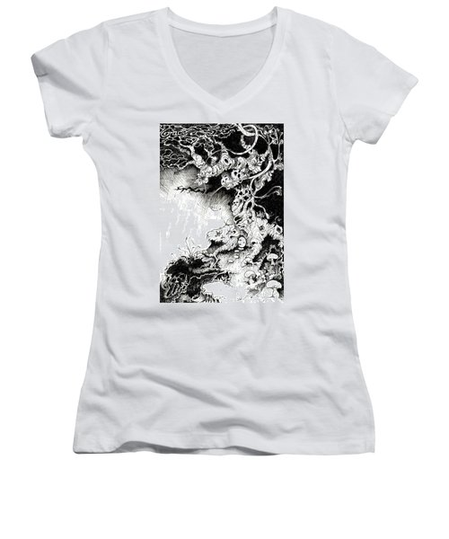Arbol Women's V-Neck T-Shirt (Junior Cut) by Julio Lopez
