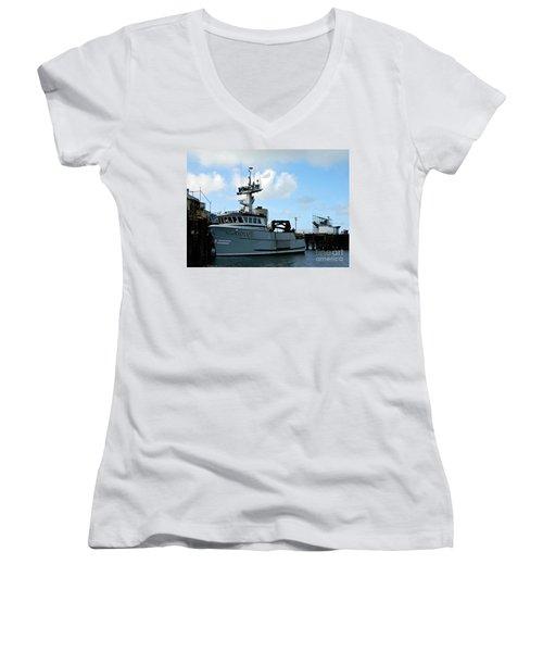 Arctic Fox Offload Women's V-Neck T-Shirt (Junior Cut)