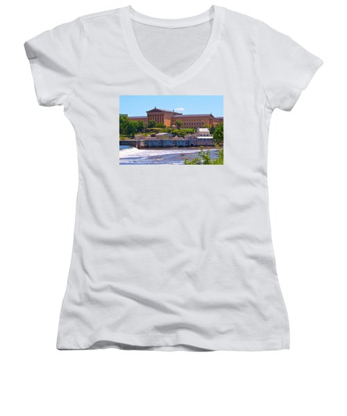 Art Museum And Fairmount Waterworks - Hdr Women's V-Neck T-Shirt