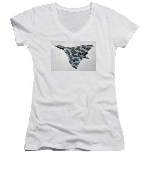 Avro Vulcan B2 Women's V-Neck T-Shirt