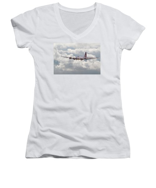 B17- Yankee Lady Women's V-Neck T-Shirt (Junior Cut) by Pat Speirs