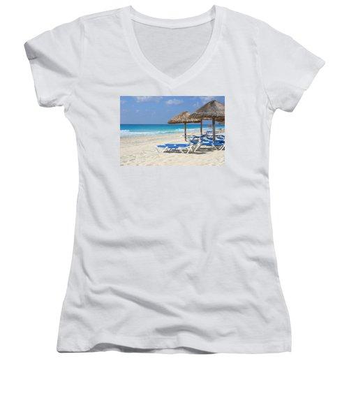 Beach Chairs In Cancun Women's V-Neck