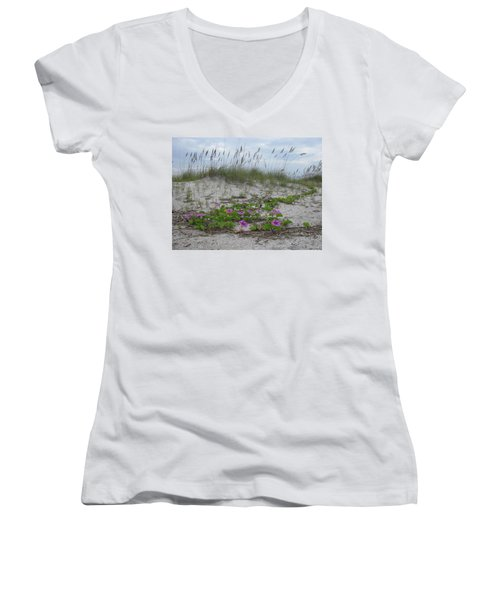 Beach Flowers Women's V-Neck T-Shirt (Junior Cut)