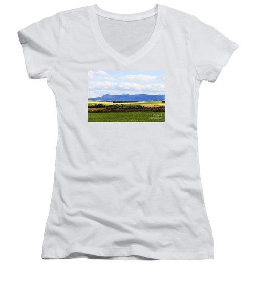 Bennachie Women's V-Neck T-Shirt