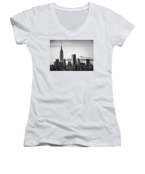Black And White Version Of The New York City Skyline With Empire Women's V-Neck T-Shirt