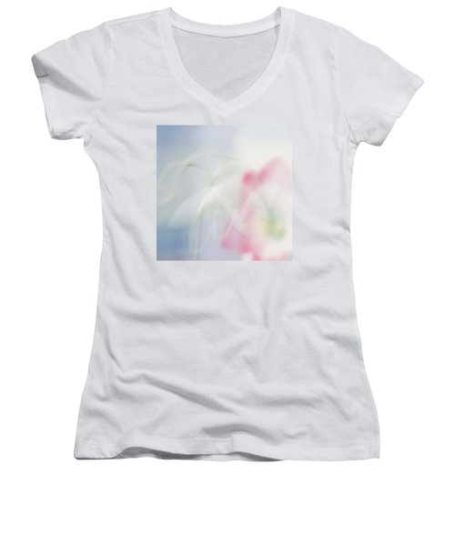Bridal Veil Women's V-Neck
