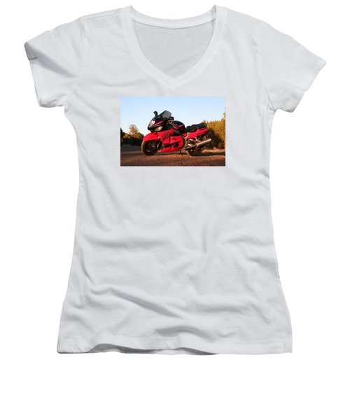 Busa Women's V-Neck T-Shirt