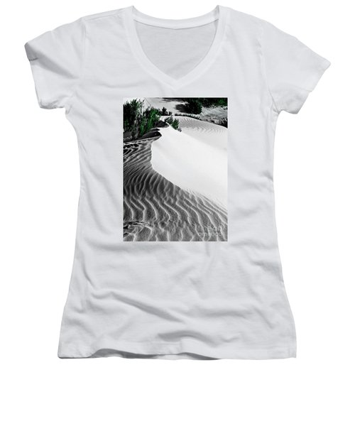 Cape Le Grande Sand Dune Women's V-Neck T-Shirt