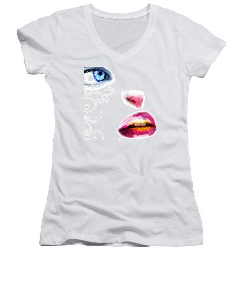 Catwoman Women's V-Neck T-Shirt