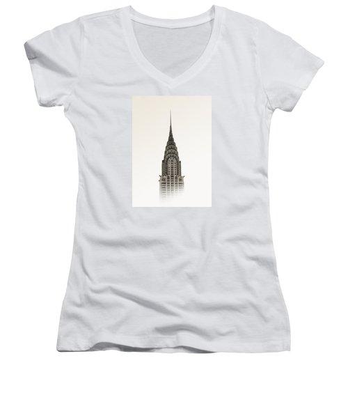 Chrysler Building - Nyc Women's V-Neck T-Shirt