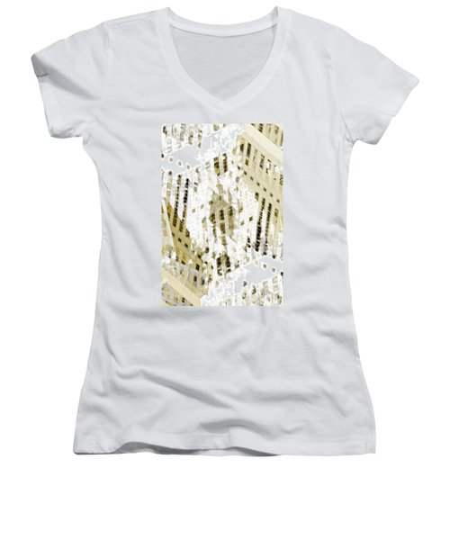 City 3 Women's V-Neck T-Shirt